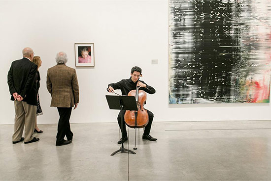 Performance in the galleries